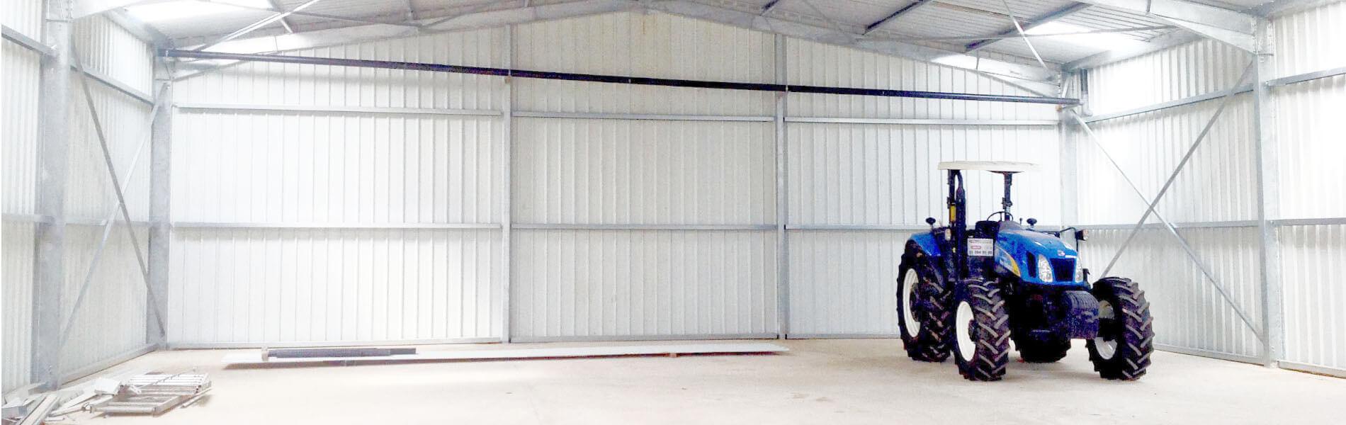 hangar-agricole-interieur